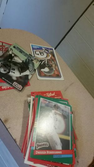 Trying to sell a lot of baseball cards for Sale in Pelzer, SC