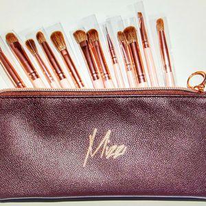 Mizz Eye Brush Set 12pc for Sale in Carson, CA
