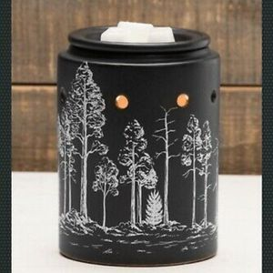 Black Forest Scentsy warmer for Sale in Aloha, OR