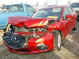 2015 mazda 3 for parts 2014 2016 2017 2018 for Sale in Miami, FL