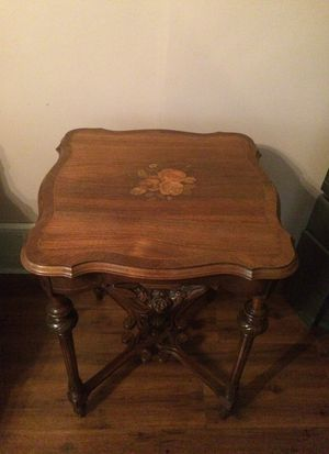 140 year old Antique Victorian center table with inlaid marquetry floral design for Sale in Orient, OH