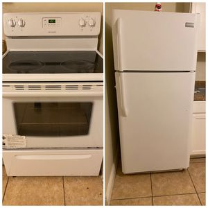Stove and Refrigerator Frigidaire- Davie. Work great for Sale in FL, US