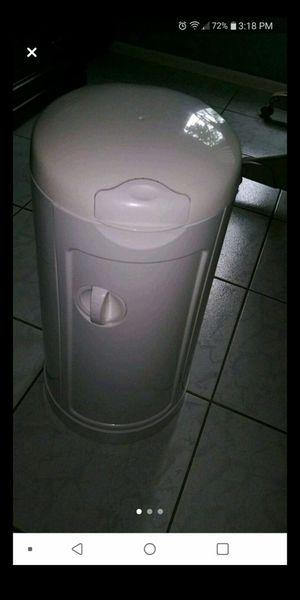 munchkin diaper pail for Sale in Tampa, FL