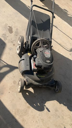 Free popular Briggs and Stratton lawn mower for Sale in Wildomar, CA
