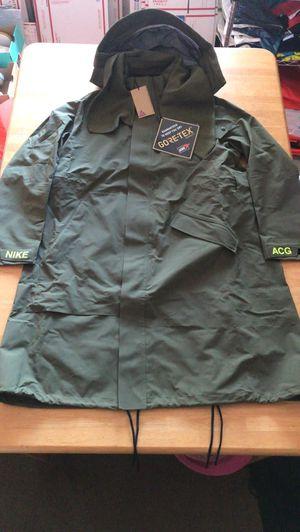 Brand new Nike ACG Gore-Tex green jacket coat parka (women's L or XL) for Sale in El Cajon, CA