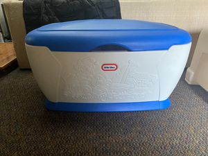 Fisher Price Little Tikes Toy Box Extra Large for Sale in Strongsville, OH
