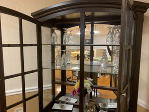 Antique cabinet with light inside for Sale in Boca Raton, FL