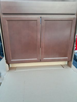 Kitchen cabinets sink 36 for Sale in Highland, CA