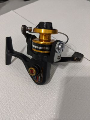 Serviced Penn 4200 SS Spinning Reel. Very Nice Condition. Ready for fishing. for Sale in Miami, FL