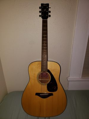 Acoustic Guitar Yamaha FG700S for Sale in Tampa, FL