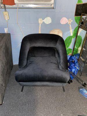 Vintage chair for Sale in St. Petersburg, FL
