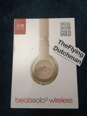 Beats by Dre Solo 3 Wireless Headphones ⭐️ SPECIAL EDITION GOLD for Sale in Queens, NY