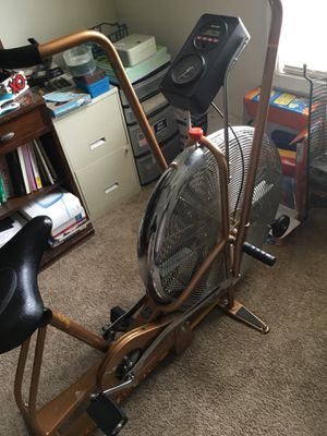 Schwinn Bike for Sale in Conley, GA