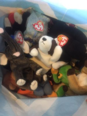 LOTS AND LOTS OF Beanie babies RARE ONES too for Sale in Brentwood, NC