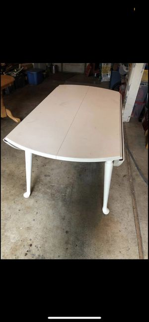 Sturdy dining room table for Sale in West Linn, OR