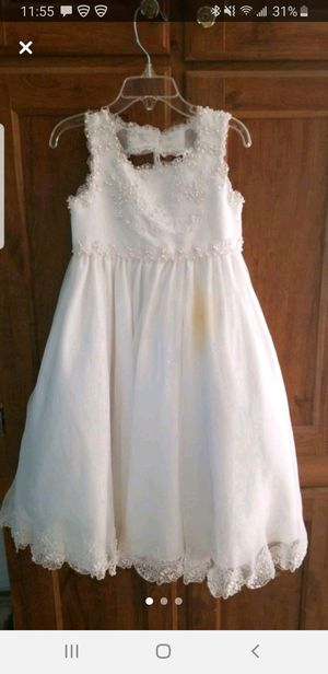 Used Flower girl dress size 3T for Sale in Circleville, OH