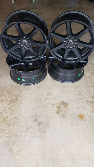 VW Jetta, Golf 17 inch rims with lug nuts and concentric rigs. Set of 4. $150 for Sale in Edgewood, WA