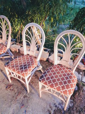 Set of five rattan and cloth chairs for Sale in Lake Alfred, FL