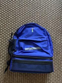 Like New Men Women Travel Backpack Rucksack Camping Laptop Hiking School Book Bag for Sale in Encinitas,  CA