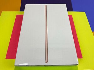 128GB IPad Rose Gold NEW for Sale in Harrisburg, PA