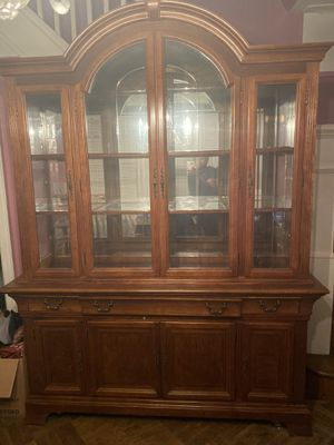 Dining room set for Sale in Queens, NY