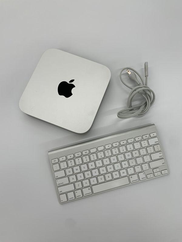 Mac Mini late 2014 2.6Ghz i5 8GB RAM 1TB HDD plus keyboard!