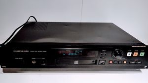 Marantz CDR 630 professional CD Player/Recorder w/ balance outputs for Sale in Kirkland, WA