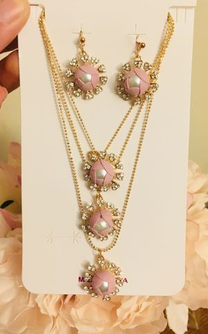 New gorgeous pink set for Sale in New York, NY