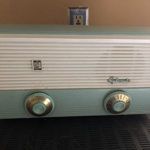 13x5x8 Sylvania 1950s aqua blue green color works! 45.00 🍁Johanna antiques collectibles furniture mantiques jewelry Austin Gift Co. 4211 south Lam for Sale in Austin, TX