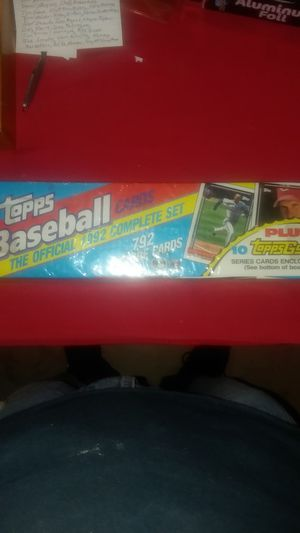 1992 Topps baseball cards complete set for Sale in Asheboro, NC