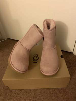 100% Authentic Brand New in Box UGG Classic Short Boots / Women size 6 (Big kids 4), Women size 7 (Big kids 5) and Women size 8 (Big kids 6) / Color: for Sale in Pleasant Hill, CA