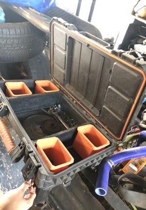 Tool box for Sale in Bloomington, CA