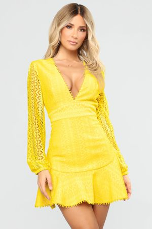 Fashion Nova Yellow Lace Dress for Sale in Los Angeles, CA