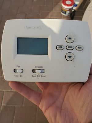 Honeywell programable home thermostat for Sale in Queens, NY