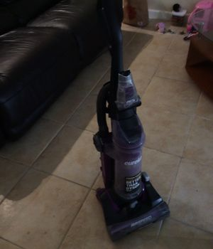 Vacuum like new for Sale in Fort Lauderdale, FL
