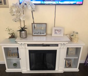 Fireplace TV stand for Sale in San Diego, CA