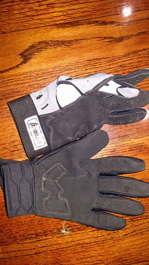 2 lh baseball gloves for Sale in Aurora, CO