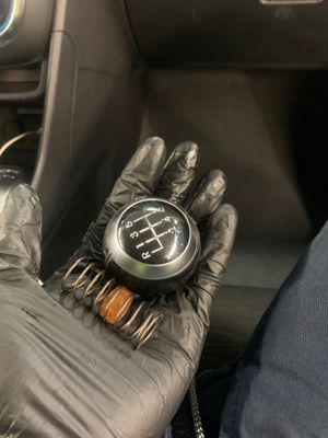 Oem Veloster Shift Knob for Sale in Riverside, CA