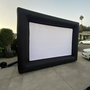 Projector and screen for Sale in Santa Ana, CA