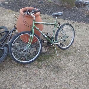 Magna 15 speed Glacierpoint bike for Sale in Hampton, NH