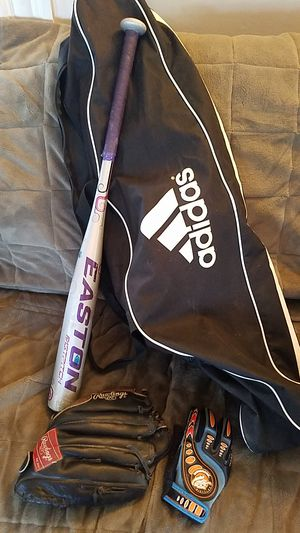 Softball Lot - Bat, Left Hand Glove, Bag for Sale in Quincy, MA