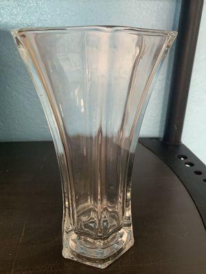 Flower vase clear for Sale in Orlando, FL