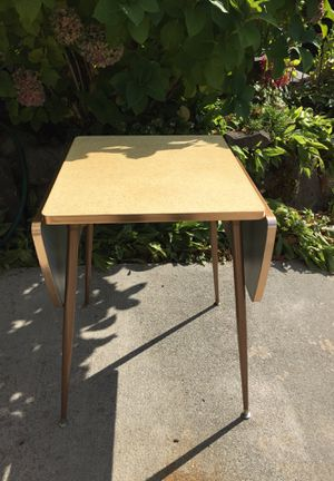 Vintage MCM Formica white gold tone drop leaf table for Sale in Seattle, WA