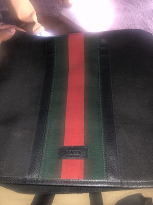 Gucci messenger bag for Sale in San Bernardino, CA