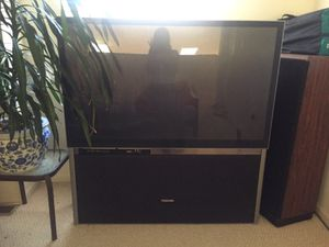 Big screen Toshiba TV for Sale in Columbus, OH
