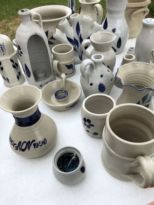 Lot of Williamsburg Pottery for Sale in Norfolk, VA