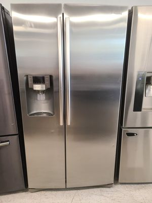 Samsung stainless steel side by side refrigerator used good condition with 90 days warranty for Sale in Mount Rainier, MD