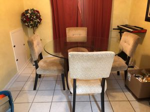 Kitchen/dining room table for Sale in Columbia, MD