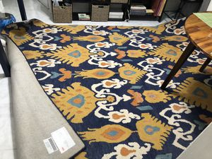 Loom rug 9'6'' by 7'6'' for Sale in Miami, FL
