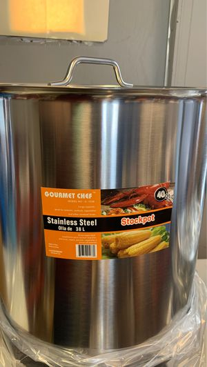 40 qt stainless steel stockpot/ Tamalera for Sale in Lutz, FL